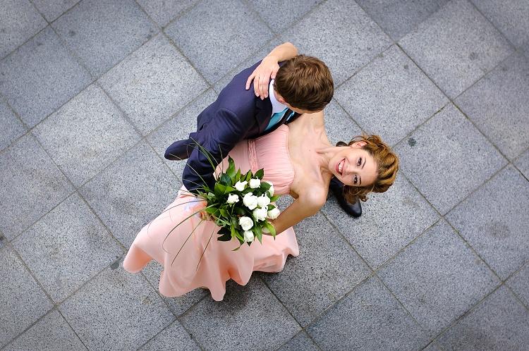 Sale weselne, obrączki ślubne, tort weselny… o czym należy przede wszystkim pamiętać podczas organizacji ślubu oraz wesela?
