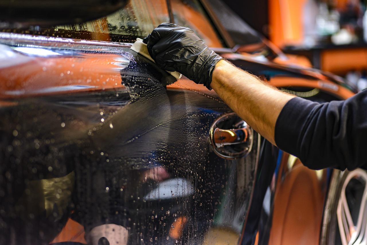 Autodetailing – jak zadbać o auto po zimie?